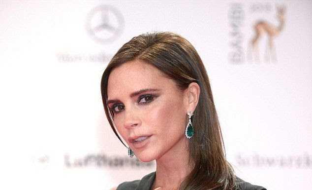 Colectia Victoria Beckham : parada scheletilor