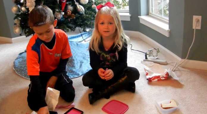 Cum reactioneaza copiii cand nu primesc cadoul dorit